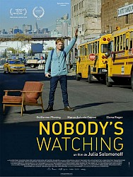 NOBODY'S WATCHING de Julia Solomonoff